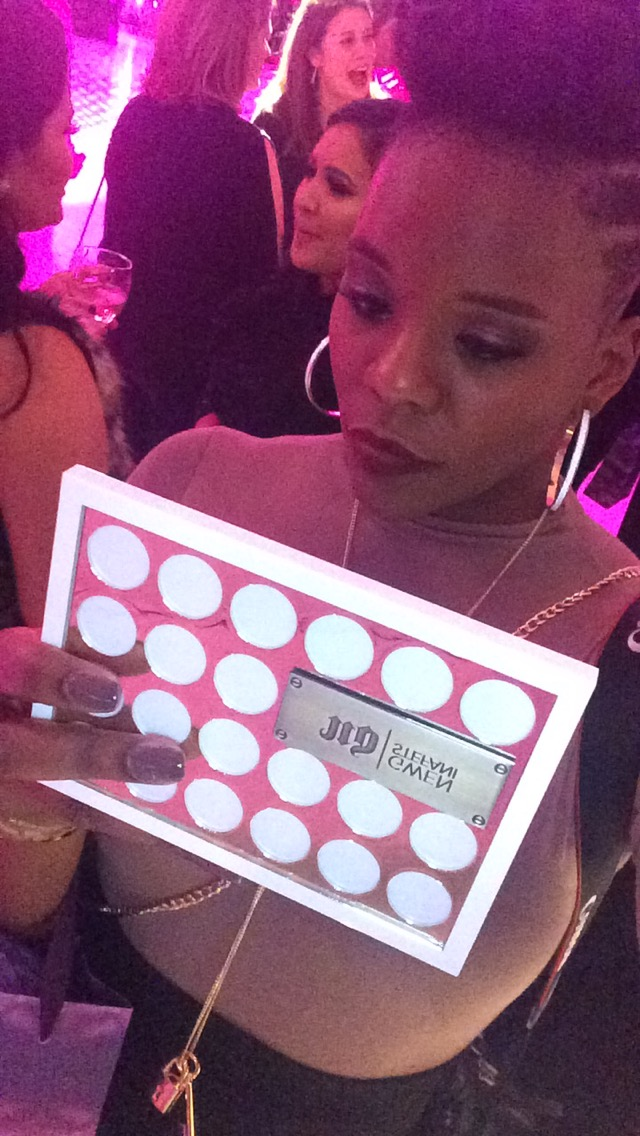 @prettyprchick's snapchat picture for urbandecaycosmetics